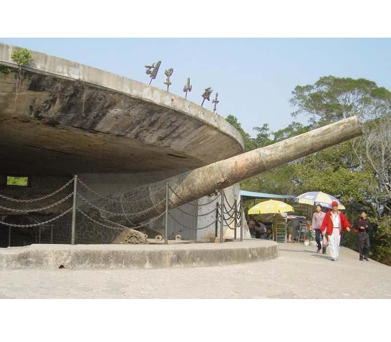 清远清新温泉度假村宜春列车时刻表,护国寺小吃游客在灵冰岩峡谷入口
